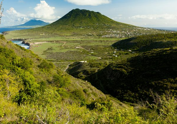 Statia-Hiking200911020773